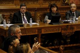 El Consell insta a presentar una cuestión de confianza a Armengol pero ella lo rechaza