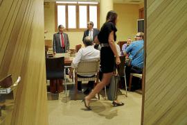 Las Administraciones adeudan más de 40 millones a las empresas de limpieza de Balears