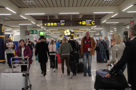 Cancelaciones y retrasos, las consecuencias de la huelga de controladores franceses