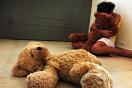 Más de 700 profesionales se forman para evitar el maltrato a los menores