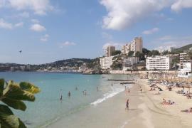 Palma recibe dos 'Banderas Azules' por Cala Estància y Cala Major