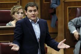 Rajoy y Rivera se desafían mutuamente por la gestión del 155 en Cataluña