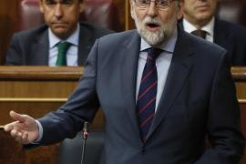 Rivera amaga con dejar de apoyar al Gobierno y Rajoy le acusa de «aprovechategui»