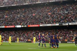 El Barcelona supera al Villarreal y mantiene su condición de invicto
