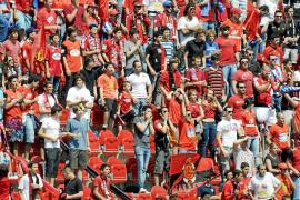 """Las peñas del Mallorca aplazan las """"actividades"""" mientras Cerdà siga en el club"""