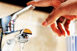 Emaya quiere fomentar el consumo del agua del grifo entre los ciudadanos