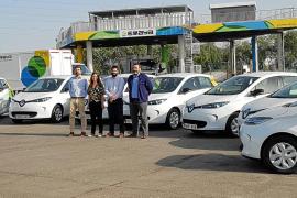 DibautoPlus entregó una flota de 7 coches eléctricos a Emaya