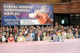 Kofi Annan y Gerry Adams participarán en la conferencia de paz de San Sebastián