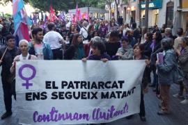 Unas 150 personas se manifiestan en Palma para exigir más dinero contra la violencia de género