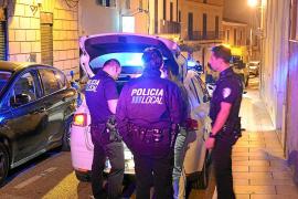 Detenido al intentar violar a una mujer en el interior de un coche en Andratx