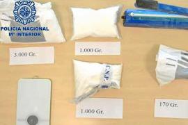 Detienen a un hombre acusado de introducir en Ibiza más de dos kilos de ketamina