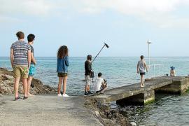 Roberto Pérez Toledo rueda en la Isla la película 'Lo que ocurre en Cap Vermell'