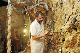 La cueva del belén de las Caputxines se vacía por primera vez en más de un siglo