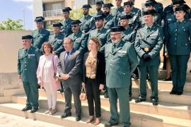 Zoido homenajea a los guardias civiles asesinados por ETA en Mallorca