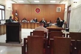 El acusado de abusos sexuales a una menor en Palma dice que fue una relación consentida