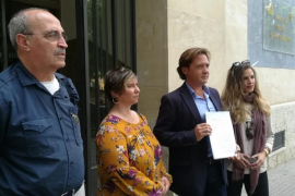 Jorge Campos y el padre de Diego Salvà denuncian a Valtonyc por instar a matar a un guardia civil