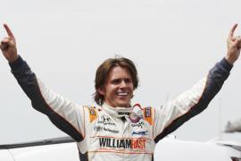 El piloto inglés Dan Wheldon fallece tras un  espectacular choque