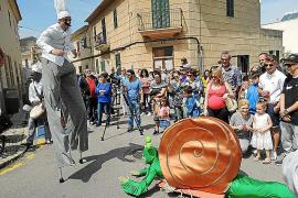 La XVIII Fira del Caragol de Sant Jordi reúne a miles de personas