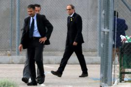 Torra visita a los cargos independentistas encarcelados