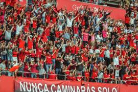 El Mallorca estudia instalar una pantalla gigante para seguir el partido ante el Mirandés