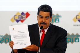 Maduro es proclamado como presidente para gobernar hasta el 2025