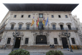 Condenan al Ayuntamiento de Palma a indemnizar con 55.000 euros a una mujer que tropezó con una baldosa