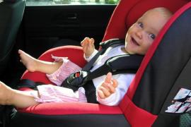 Cinco sillitas de coche para niños no superan los test de seguridad