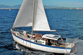 La madre del tripulante del velero 'Virgen del Mar II': «Me han devuelto ustedes la vida y la esperanza»
