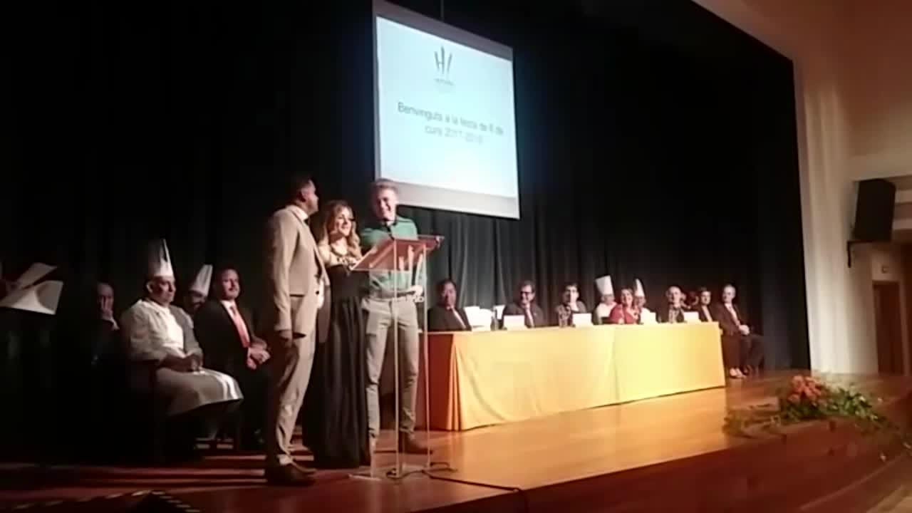 Un total de 107 de alumnos de la Escola d'Hoteleria protagonizan la ceremonia de graduación