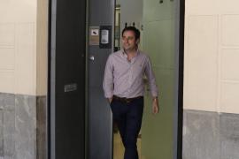 Andrés Ferrer abandona desairado el Partido Popular