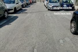 coches en doble fila todo el dia