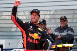 Ricciardo se lleva una pole de récord en Mónaco y Alonso y Sainz saldrán séptimo y octavo