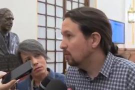 Iglesias dice que el apoyo contundente de sus bases le obliga a seguir