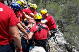 Rescate de un ciclista precipitado por un 'marge' de diez metros en la Serra de Tramuntana