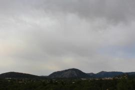 Intervalos nubosos y temperaturas con pocos cambios este martes en Baleares