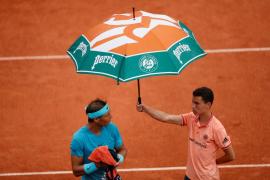 La lluvia aplaza el debut de Nadal ante Bolelli en Roland Garros
