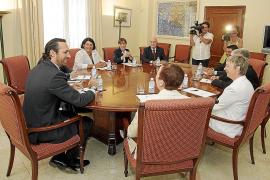 El PP y la oposición se reparten al  50% el futuro Consell Consultiu