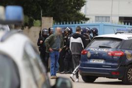 Detenidos los dos atrincherados en Palma tras agredir a un policía