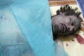 La OTAN asegura que no sabía que Gadafi viajaba en el convoy que bombardeó