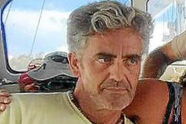 La Guardia Civil cree que el navegante del velero murió al resbalar en cubierta