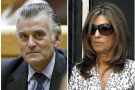 Bárcenas tiene un vis a vis ordinario con su mujer tras entrar en la cárcel
