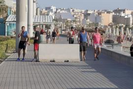 Detienen a dos mujeres por un robo con violencia en la Playa de Palma