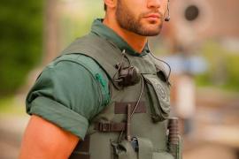 El guardia civil 'sexy' se convierte en modelo profesional