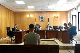 Condenados a 11 años de cárcel por robar relojes de lujo a turistas en Mallorca