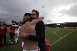 Vicente Moreno: «No quiero aguar la fiesta a nadie, pero la temporada que viene será un año difícil»