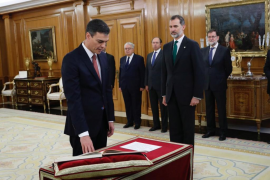 Pedro Sánchez promete su cargo ante el Rey
