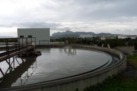 Alcúdia estudia regalar a los hoteleros el agua depurada que no puede vender