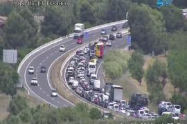 Un gran atasco paraliza la circulación en la autopista en dirección a Inca