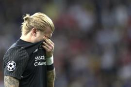 El portero del Liverpool Loris Karius sufrió una conmoción en la final de la Liga de Campeones