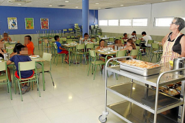 Salut prohibirá la bollería industrial en los centros escolares y sanitarios